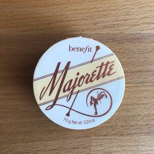 Benefit Majorette Cream Blush